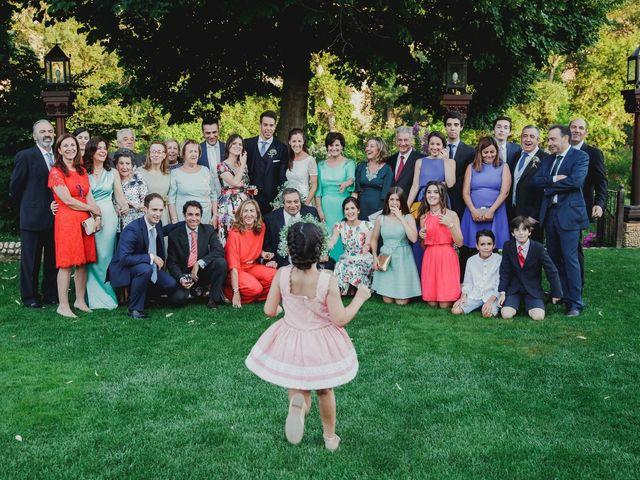 La boda de Luis y Elisa en Torremocha Del Jarama, Madrid 2