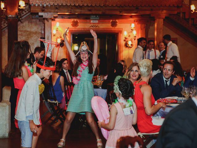 La boda de Luis y Elisa en Torremocha Del Jarama, Madrid 94