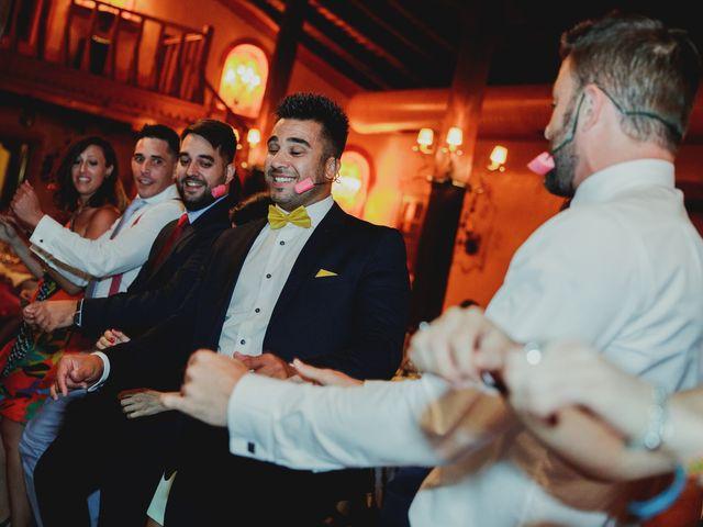 La boda de Luis y Elisa en Torremocha Del Jarama, Madrid 101