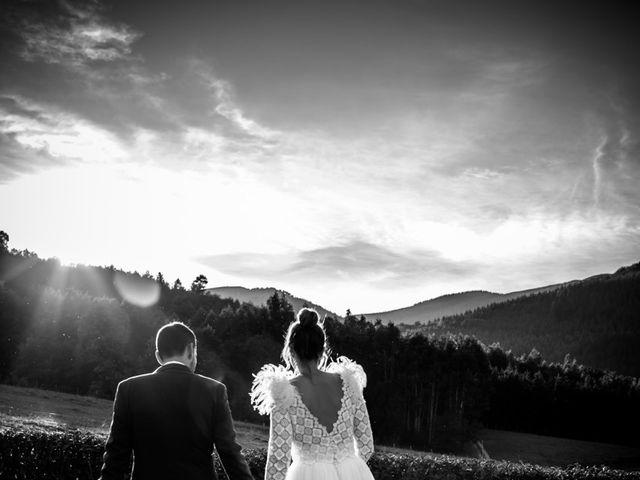La boda de Alvaro y Miren en Orozco, Vizcaya 23
