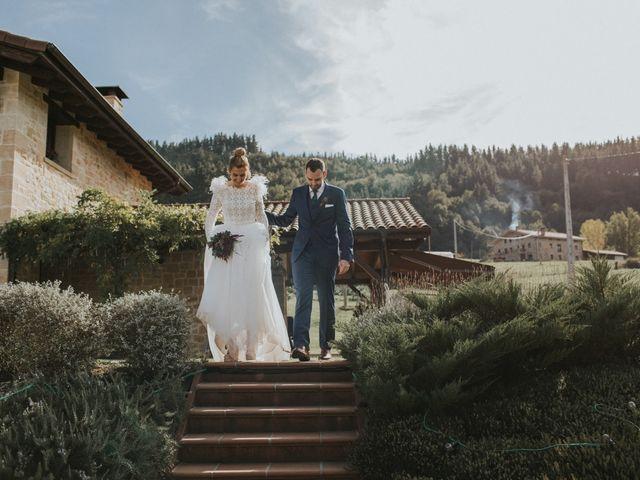 La boda de Alvaro y Miren en Orozco, Vizcaya 31
