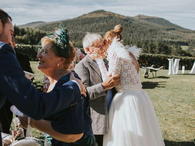 La boda de Alvaro y Miren en Orozco, Vizcaya 47