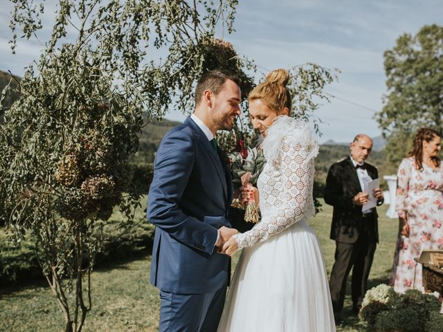 La boda de Alvaro y Miren en Orozco, Vizcaya 55