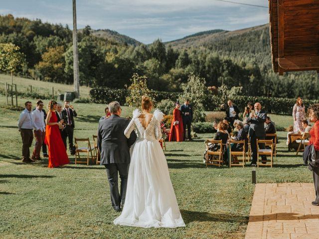 La boda de Alvaro y Miren en Orozco, Vizcaya 58