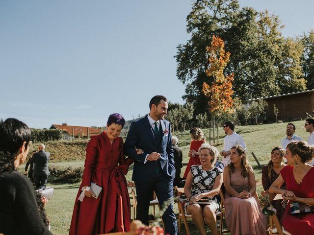 La boda de Alvaro y Miren en Orozco, Vizcaya 61