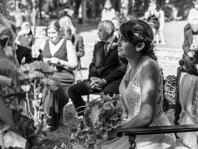 La boda de Mireia y Javi en Sant Marti De Centelles, Barcelona 40