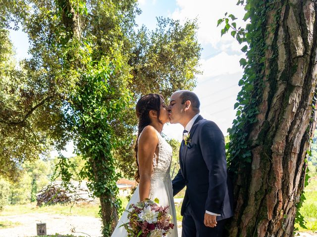 La boda de Mireia y Javi en Sant Marti De Centelles, Barcelona 51