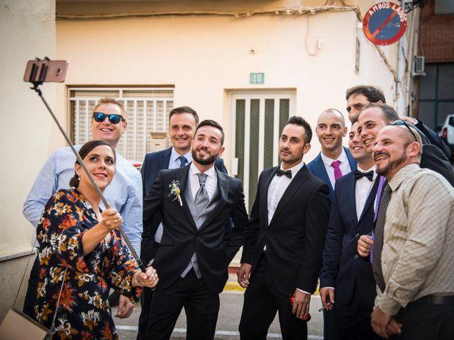 La boda de Xema y Mariam en Alzira, Valencia 35