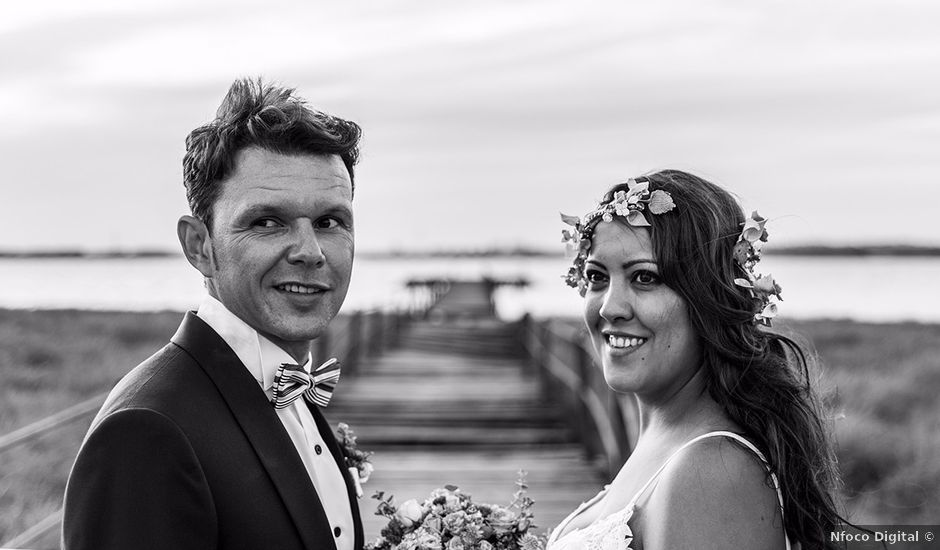 La boda de Jonathan y Soledad en Palos De La Frontera, Huelva