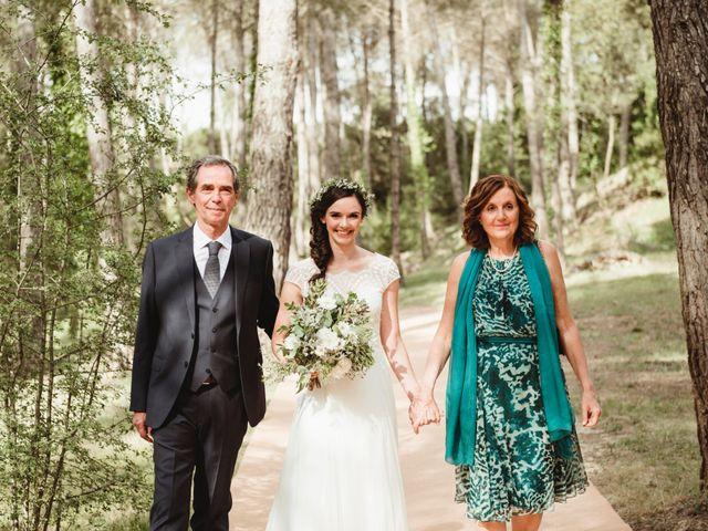La boda de Xavi y Chiara en Castelladral, Barcelona 35
