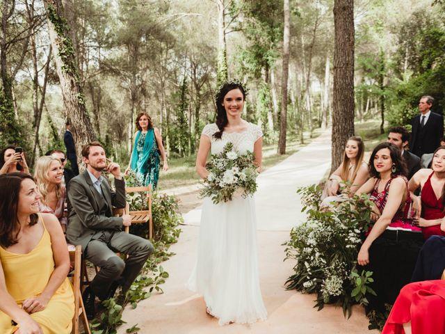 La boda de Xavi y Chiara en Castelladral, Barcelona 37