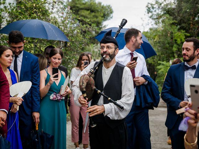 La boda de Hugo y Maria en Vilanova I La Geltru, Barcelona 18
