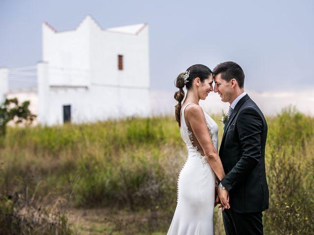 La boda de Hugo y Maria en Vilanova I La Geltru, Barcelona 22