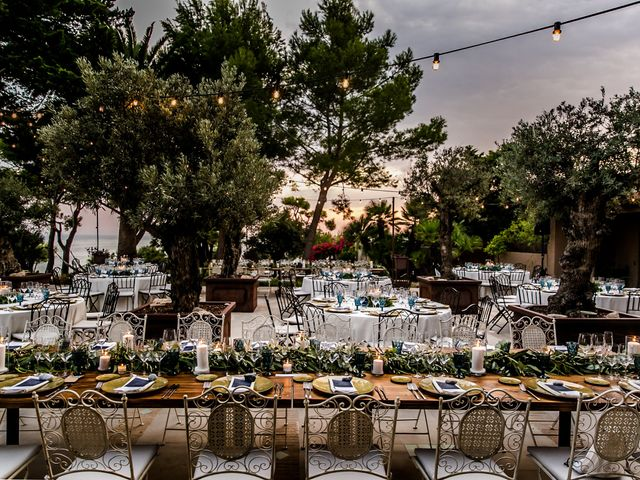 La boda de Hugo y Maria en Vilanova I La Geltru, Barcelona 32