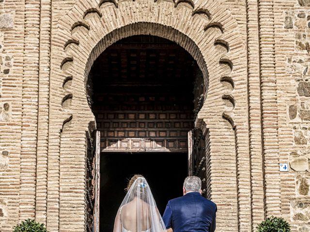 La boda de Pedro y Jennifer en Toledo, Toledo 24