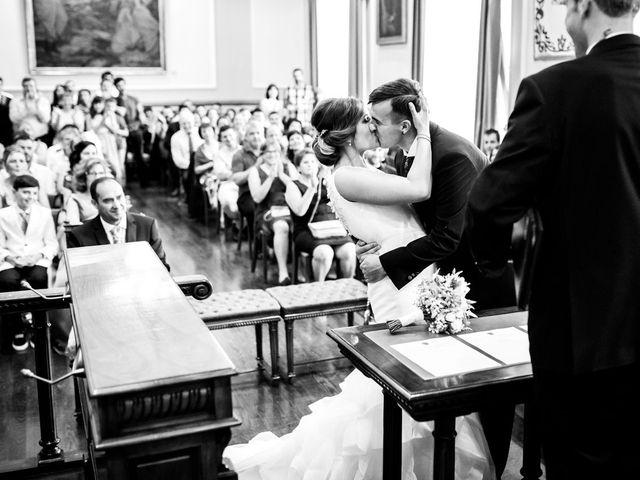 La boda de Unai y Alba en Irun, Guipúzcoa 27