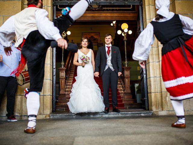 La boda de Unai y Alba en Irun, Guipúzcoa 29