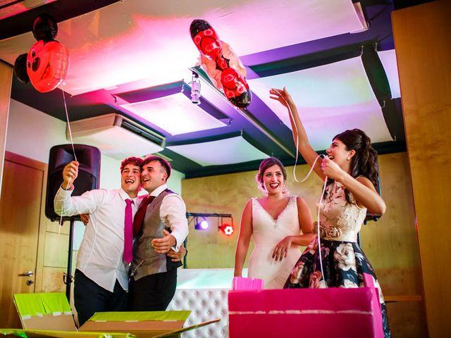 La boda de Unai y Alba en Irun, Guipúzcoa 42