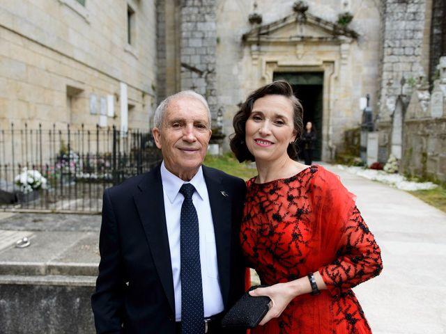 La boda de Toño y Virginia en Nogueira De Ramuin, Orense 24