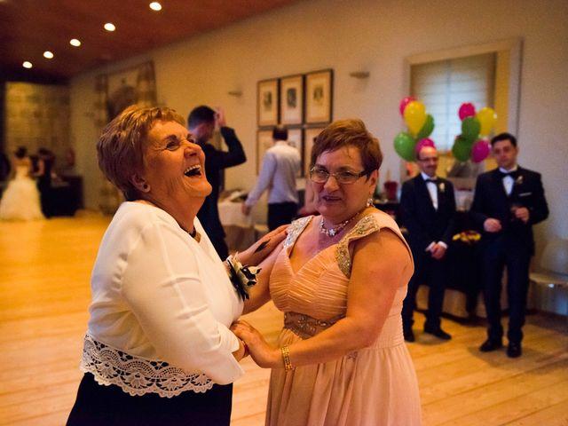 La boda de Toño y Virginia en Nogueira De Ramuin, Orense 77