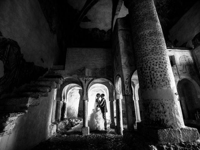 La boda de Javier y Irene en Berlanga De Duero, Soria 15