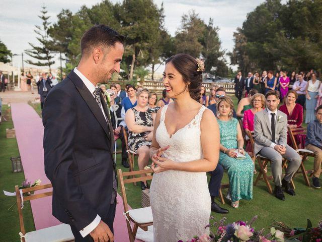 La boda de Antonio y Miriam en Urbanización Campoamor, Alicante 13