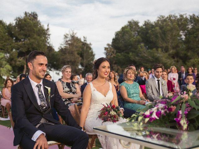 La boda de Antonio y Miriam en Urbanización Campoamor, Alicante 14