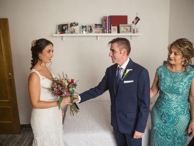 La boda de Antonio y Miriam en Urbanización Campoamor, Alicante 16