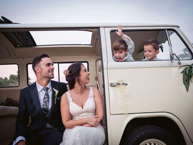 La boda de Antonio y Miriam en Urbanización Campoamor, Alicante 29