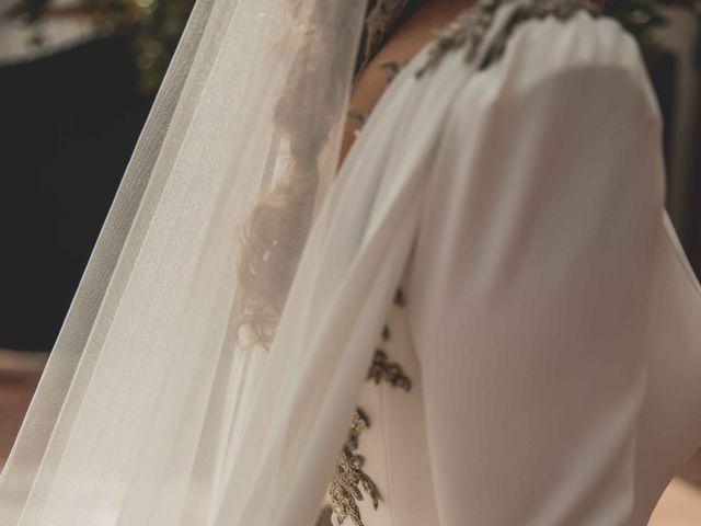 La boda de Juan y Marta en Salteras, Sevilla 33