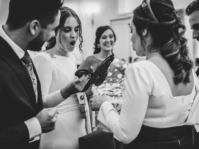 La boda de Juan y Marta en Salteras, Sevilla 130