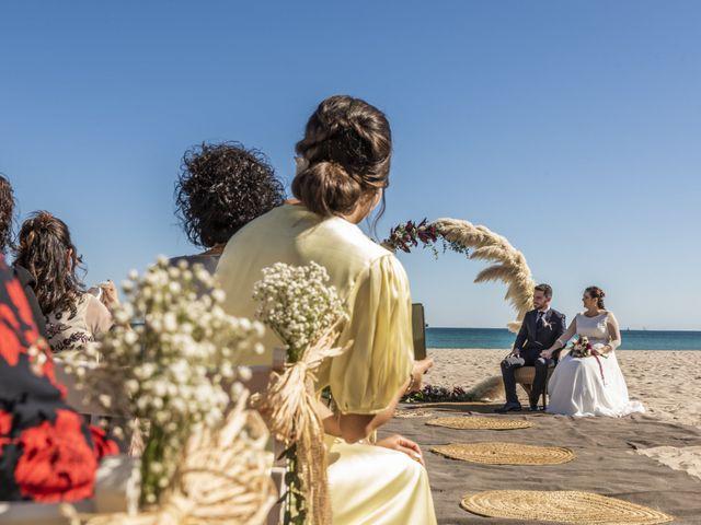 La boda de Raúl y Amanda en Valencia, Valencia 24