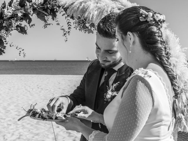 La boda de Raúl y Amanda en Valencia, Valencia 27