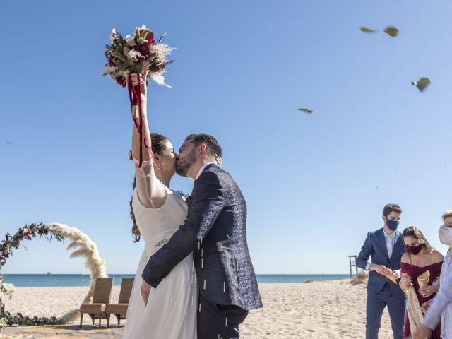 La boda de Raúl y Amanda en Valencia, Valencia 31