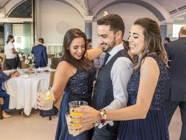 La boda de Raúl y Amanda en Valencia, Valencia 45