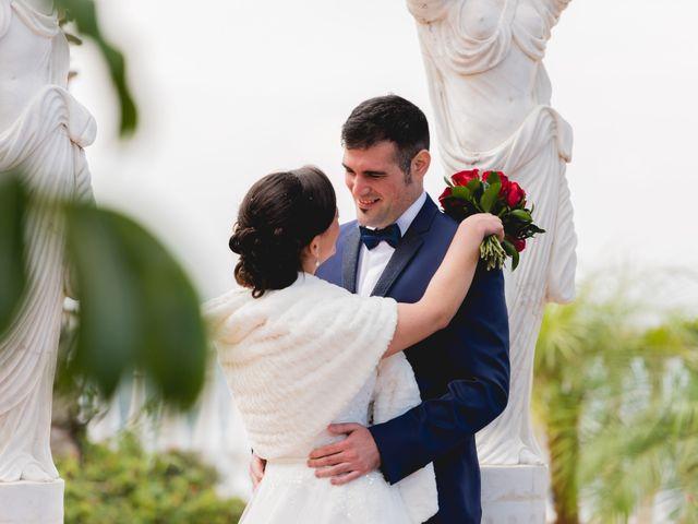 La boda de Ernesto y Teresa en Alhaurin El Grande, Málaga 25