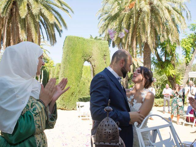 La boda de Hazma y Marta en Dos Hermanas, Sevilla 20