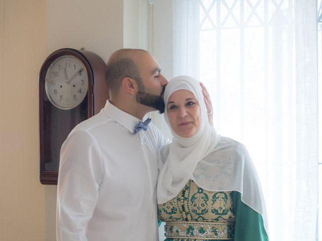La boda de Hazma y Marta en Dos Hermanas, Sevilla 21
