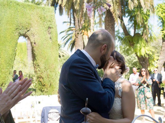 La boda de Hazma y Marta en Dos Hermanas, Sevilla 23