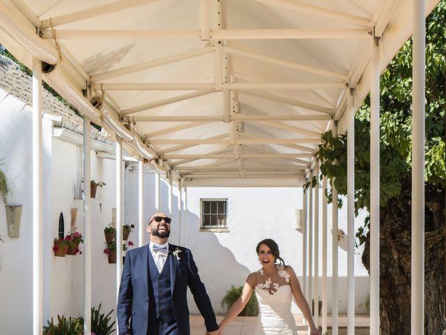 La boda de Hazma y Marta en Dos Hermanas, Sevilla 31