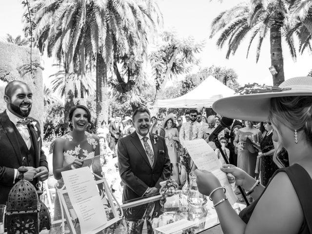 La boda de Hazma y Marta en Dos Hermanas, Sevilla 37