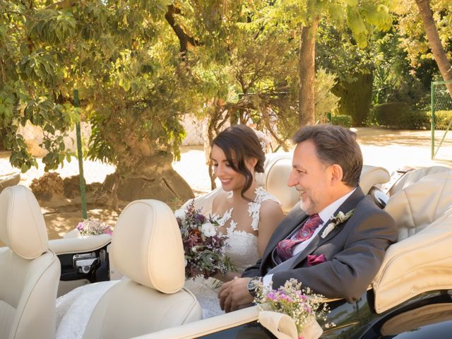 La boda de Hazma y Marta en Dos Hermanas, Sevilla 48