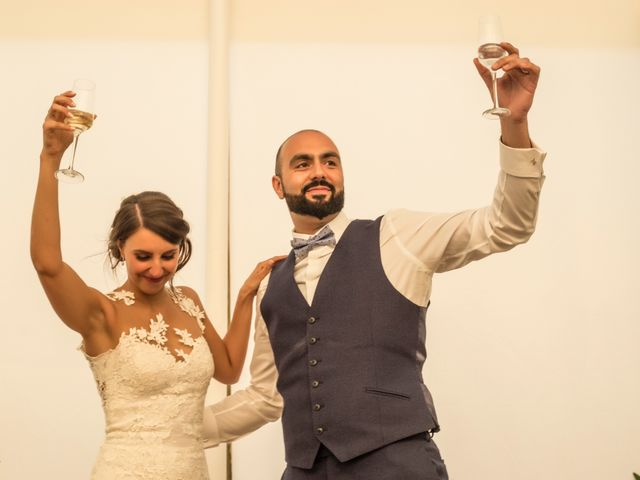 La boda de Hazma y Marta en Dos Hermanas, Sevilla 1