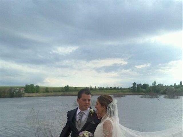 La boda de Miriam y Santi en Fuente El Fresno, Ciudad Real 4