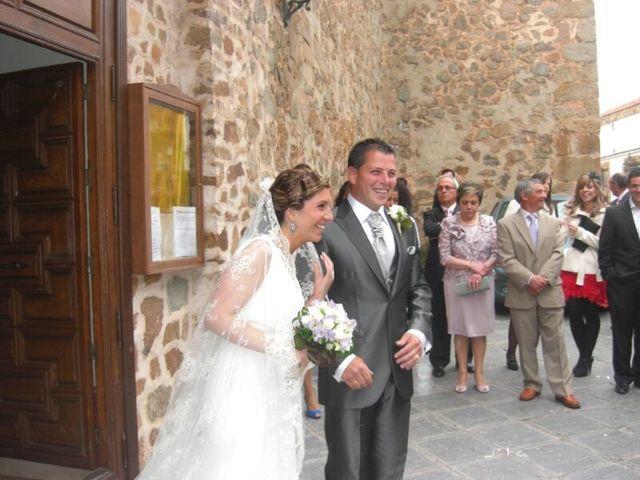La boda de Miriam y Santi en Fuente El Fresno, Ciudad Real 7