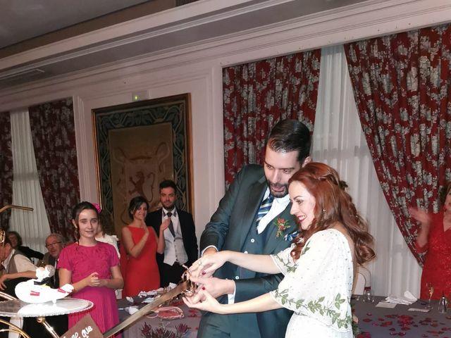 La boda de Ricardo  y Raquel  en León, León 19