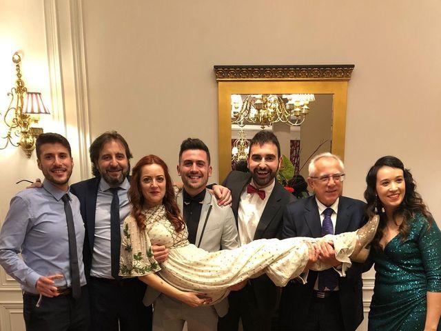 La boda de Ricardo  y Raquel  en León, León 26
