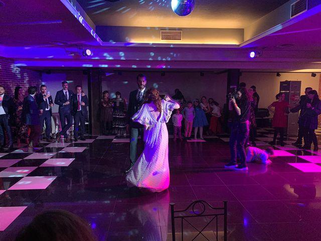 La boda de Ricardo  y Raquel  en León, León 28