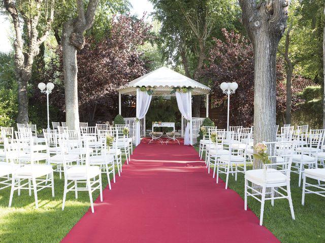 La boda de Sebastián y Rebeca en Madrid, Madrid 1