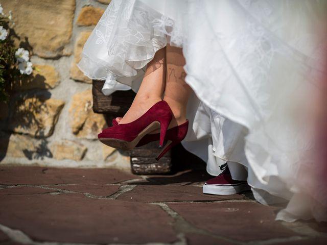 La boda de Orkatz y Isa en Hondarribia, Guipúzcoa 32